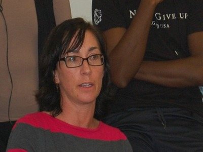 <p>Tory Frye, a member of the District 6 Community Education Council, spoke out against the proposal to scrap elementary school zones at a meeting Oct. 18, 2012.</p>