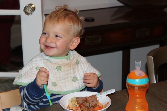 <p>Vicky&#39;s son George enjoys meatballs and organic pasta for lunch.&nbsp;</p>
