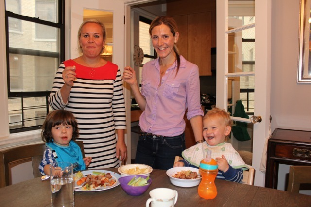 <p>Natalya&nbsp;Murakhver and Vicky Feltman and their toddlers Violet and George.&nbsp;</p>