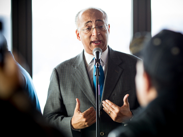 <p>Bill Thompson, 59, New York City&#39;s former comptroller, speaks at a Thanksgiving dinner at La Marina restaurant in Inwood on Nov. 20, 2012.</p>