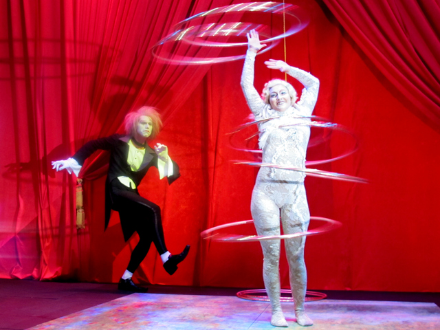 <p>The hula hoop master at the Bloomingdale&#39;s holiday window unveiling on Tuesday, Nov. 13, 2012.</p>