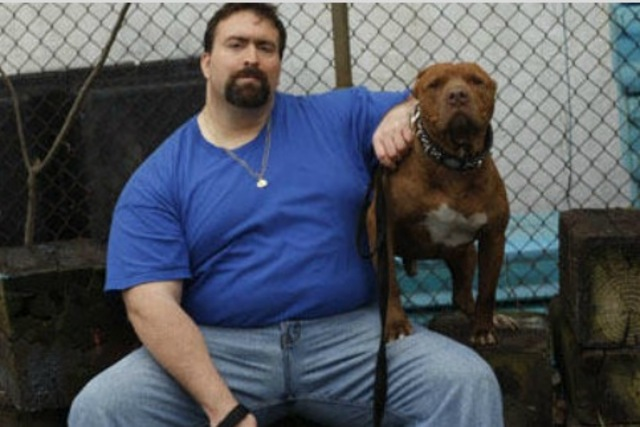 <p>Angel Nieves, the pet security consultant and former NYPD detective who helped Maria Vazquez find her stolen dog.</p>