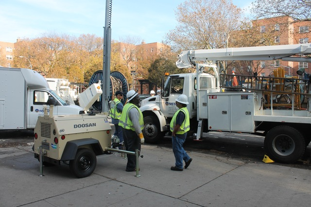 <p>Contractors were working to restore power to the Red Hook Houses Monday afternoon, Nov. 12, 2012.</p>