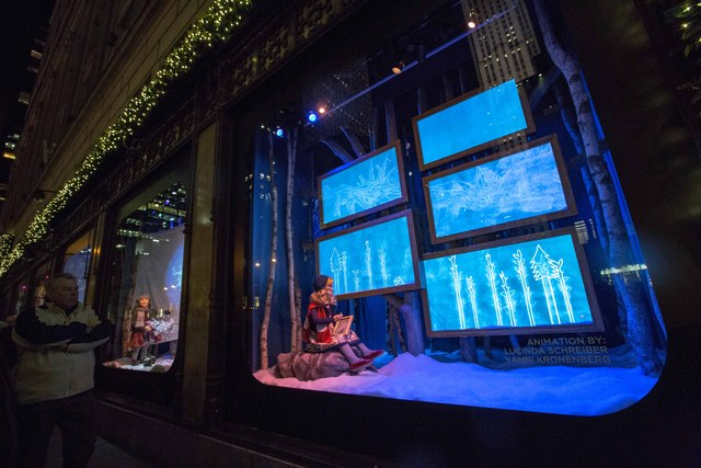 <p>Saks&#39; windows on Fifth Avenuealso incorporated the Snowflake and Yeti story.</p>