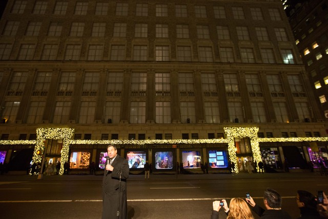 <p>Saks Fifth Avenue Chairman &amp; CEO Steve Sadove unveiled the new window decoration for the holiday season on Nov. 19</p>
