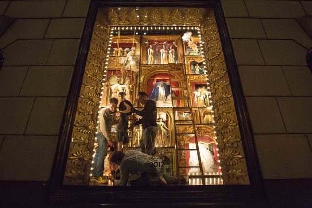 <p>Staffs at Bergdorf Goodman&#39;s put some final touch on its windows before the unveiling on Nov. 20</p>