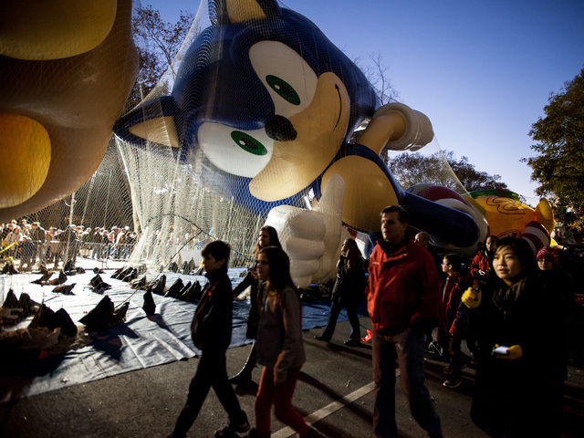 <p>Hundreds of people enjoyed the Macy&#39;s Thanksgiving Day balloons being inflated on Nov. 21st, 2012.</p>