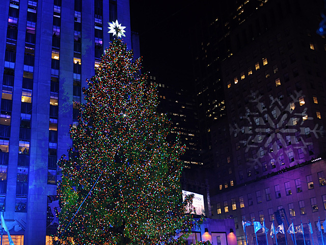 <p>The Rockefeller Center Christmas tree lit up Nov. 28, 2012.</p>