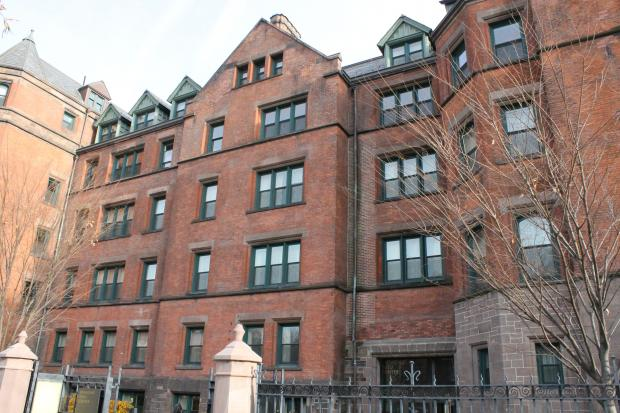 Hotel Desmond Tutu New York