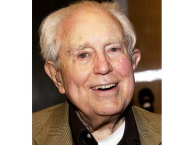 The late composer Elliott Carter Jr. recommended including his piano with the sale of his apartment.