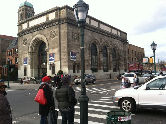 <p>Utica Avenue and Eastern Parkway, where a 9-year-old was hit by a livery cab on Dec. 22, 2012.</p>