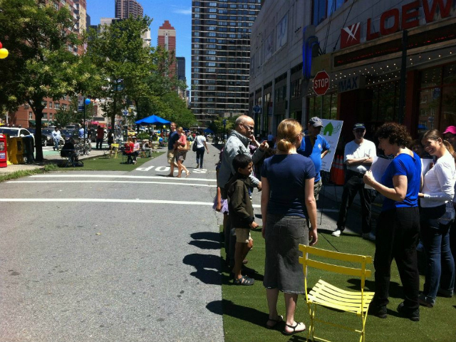 <p>The pedestrian plaza plan was tested in summer of 2012, when the service road was closed to vehicular traffic for three months. Market organizers said the pedestrian plaza would be a boon for the market, if it is allowed to stay on Second Avenue.</p>