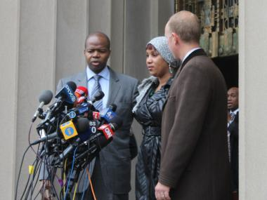 The two sides signed an agreement for an unspecified amount, a Bronx judge announced Monday, Dec. 10, 2012.