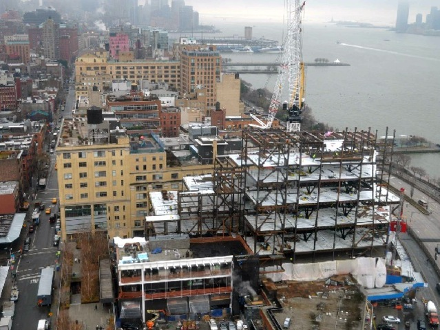 <p>The Whitney Museum&#39;s future 200,000-square-foot home at Washington and Gansevoort streets in the Meatpacking District topped out at nine stories Dec. 17, 2012.</p>