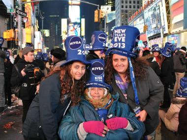 A family whose Brooklyn home was flooded returned to Times Square Monday for their annual NYE tradition.
