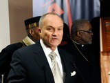 School Safety Officers Trained Not to Confront Shooters, Ray Kelly Says