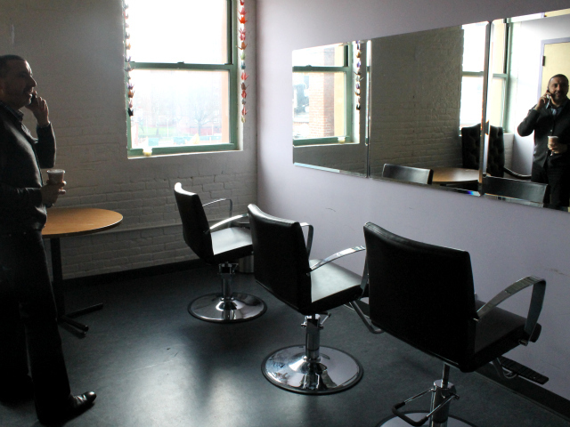 <p>Robert Cordero, CitiWide Harm Reduction&#39;s executive director, in a new barbershop in the center.</p>
