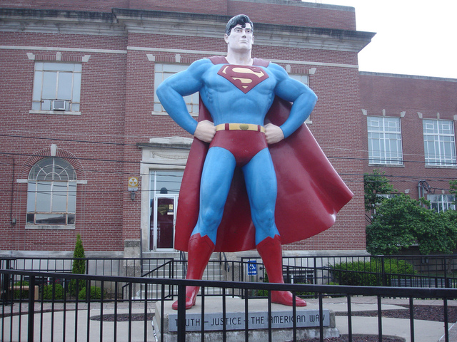 <p>A statue of Superman in Metropolis, Kansas.</p>
