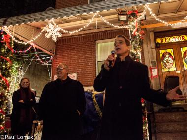Actor Tony Danza lights up the Little Italy Christmas tree in New York City on December 1, 2012.