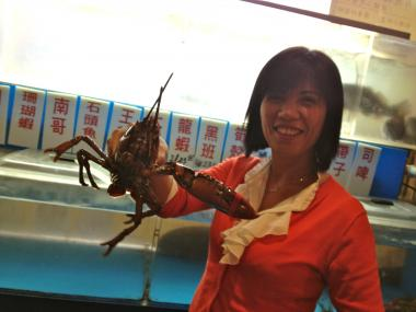 Su Mei from Wing Shoon Seafood Restaurant on East Broadway lost $3,000 in live lobsters and fish during the post-Hurricane Sandy blackout.
