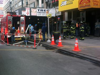 A manhole fire broke out on 14th Street Thursday afternoon, Jan. 31, 2013.