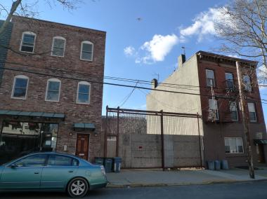 A pediatrician has filed plans to build a six-story apartment building on Carroll Street.
