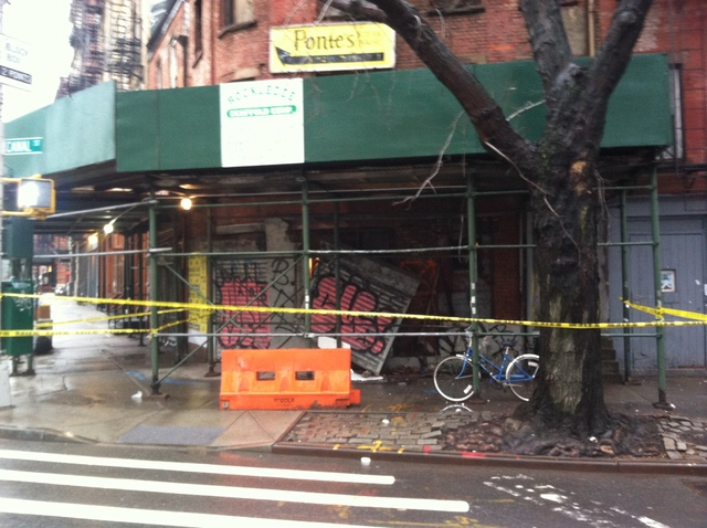 <p>The landmarked building at 502 Canal St. was roped off after a partial collapse Jan. 16, 2013.</p>