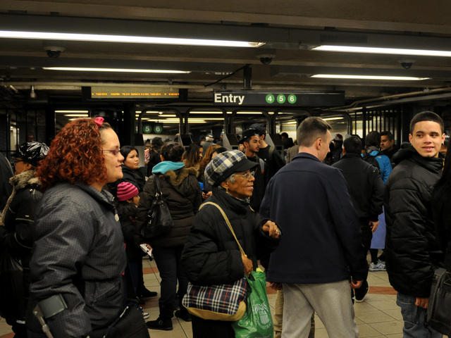<p>Commuters crowded into the Lexington Avenue-125th Street station, where trains were delayed on the 4, 5 and 6 lines after a man was fatally struck by a 6 train Jan. 15, 2013.</p>