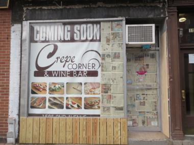 A new crepe restaurant is opening in Yorkville, replacing a closed frozen yogurt restaurant.