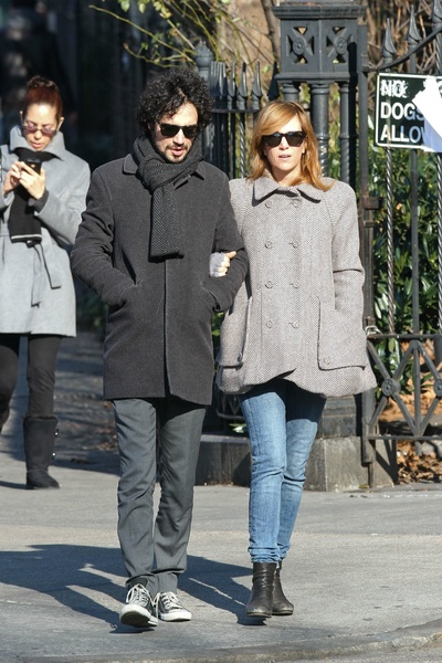 <p>Fabrizio Moretti and Kristen Wiig taking a walk in SoHo on Sunday, January 6, 2013.</p>
