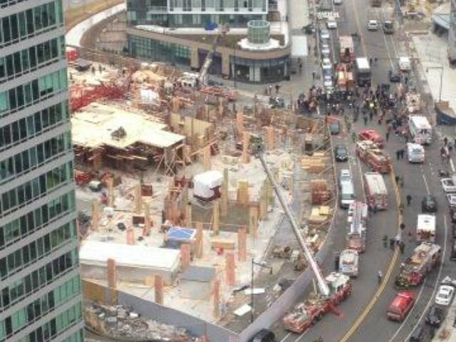 <p>A crane collapsed in Long Island City Jan. 9, 2013.</p>