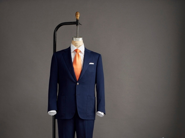 <p>The new suit-luggage combo includes a wrinkle-resistant suit, two additional pants, three extra shirts, three ties, a pair of leather shoes and belt.</p>