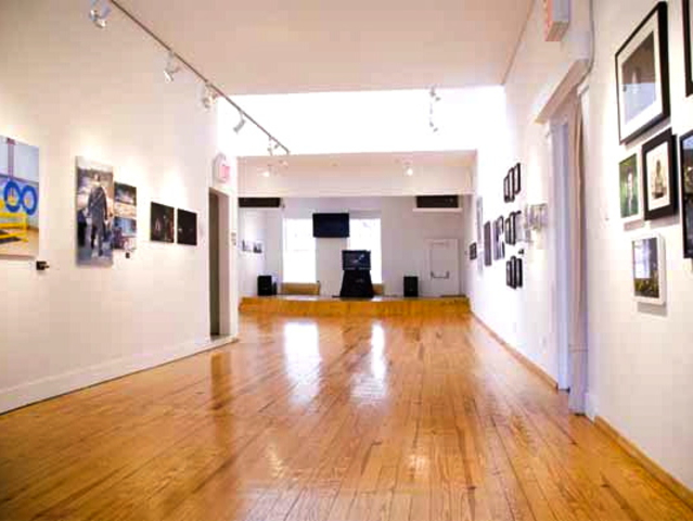 <p>The Jazz Gallery said its new rented space in the Flatiron District, known as the Salt Space, has the same warmth its previous Hudson Square location had.</p>