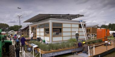 A 750-square-foot Solar Roofpod designed to demonstrate that the urban house of the future can be energy efficient and attractive will be returned to the City College building where it was first built before heading off to a national competion in 2011.