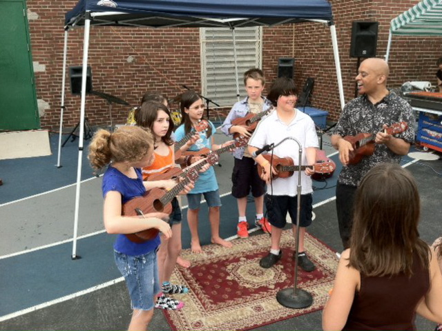 <p>P.S. 154 in Windsor Terrace hosts many community events like live music on the school&#39;s playground.</p>
