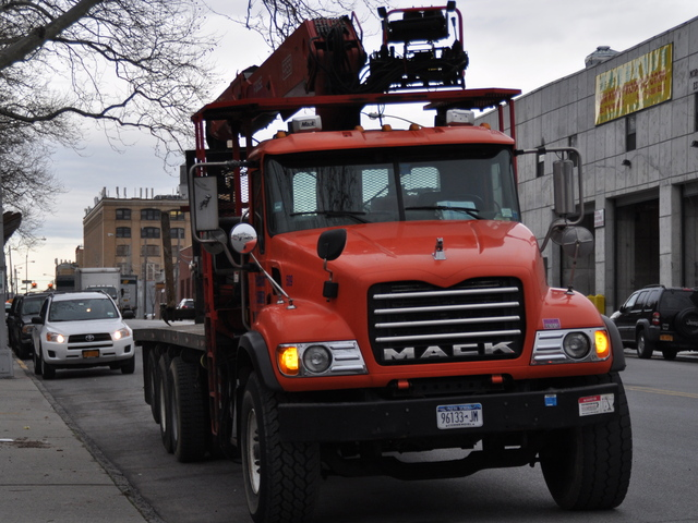 <p>A truck driver on Morgan Avenue said the rules prohibiting truck idling and traffic on Maspeth Avenue could be difficult to follow for many who slept in their trucks or had to make deliveries.</p>