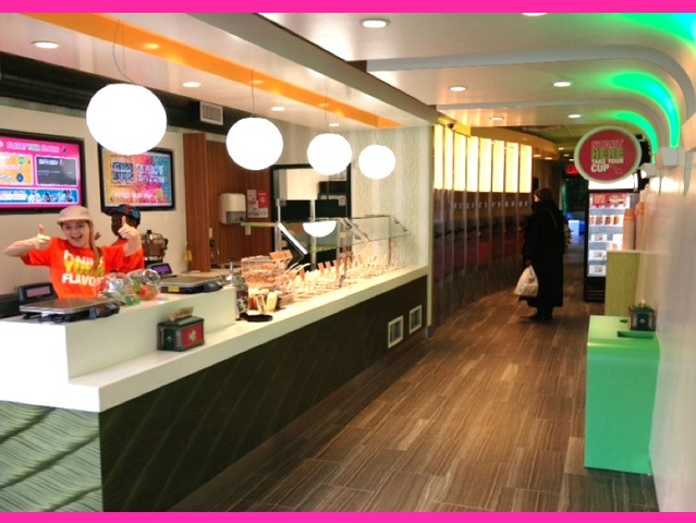 <p>The Manhattan-based frozen yogurt chain 16 Handles plays music and boasts a &#39;lounge-like environment.&#39;</p>