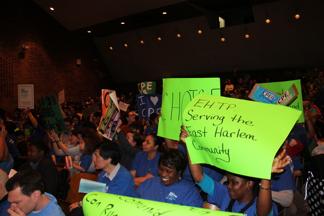 <p>Supporters of East Harlem Scholars Academies packed the auditorium of a DOE hearing.</p>