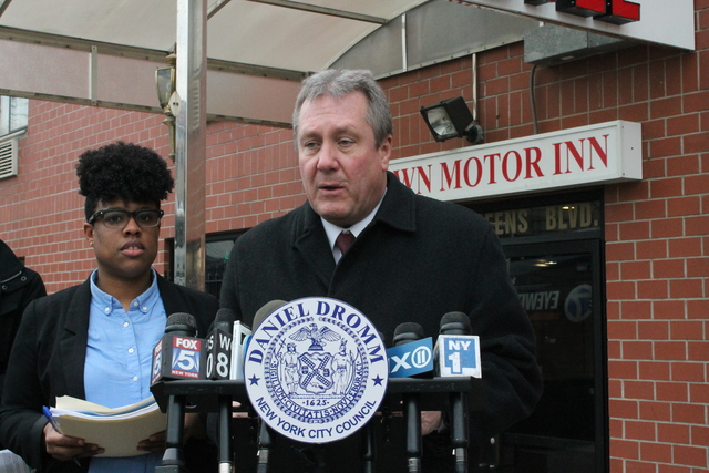 <p>Councilman Daniel Dromm in front of the Crown Motor Inn in Elmhurst on Feb. 12, 2013.&nbsp;On Feb. 9, 54-year-old Joseph Benzinger was discovered choked to death on the floor in a room at the Crown Motor Inn.</p>