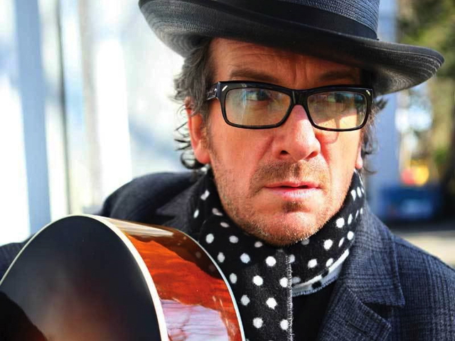 <p>A big double bill of British 60&#39;s legends The Who and post-punk&#39;s literate songsmith Elvis Costello (pictured) comes together at Madison Square Gardens Thursday night for a charity gig.</p>
