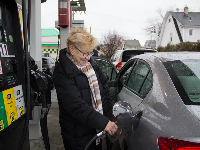 <p>Loretta Abbrascato, 55, filled up her car at the Hess gas station on Hylan Boulevard before Winter Storm Nemo hit.</p>