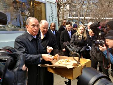 The city's first food truck powered by natural gas, and backed by T. Boone Pickens, was unveiled Thursday.