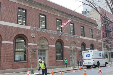 The U.S. Postal Service abandoned a plan to sell Old Chelsea Station on West 18th Street.
