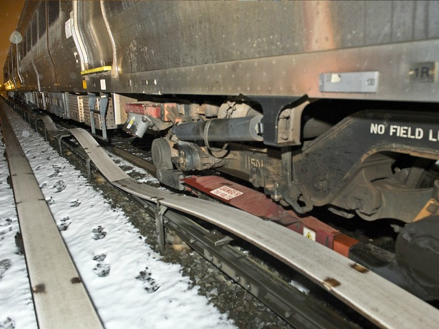 <p>MTA crews were trying to quickly repair nearly 4,000 feet of damaged track after an LIRR train fell of the rails.</p>