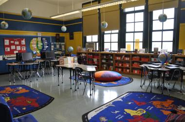 The 101-year-old P.S. 19 Roberto Clemente has a global studies library and laptops for its last three years in existence.