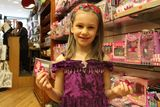 6-Year-Old Entrepreneur Builds Hair Accessory Empire on Upper West Side