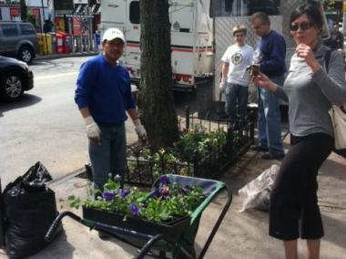 Group will be planting flowers along Continental Avenue and Austin Street.