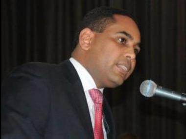 Bronx State Assemblyman Nelson Castro was expected to resign his office Thursday after a year-long cooperation with feds that helped bring down State Assemblyman Eric Stevenson.