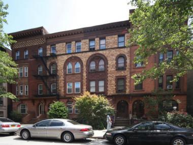 The Bed-Stuy Brownstoners are offering tours of some of the classic homes around Stuyvesant Heights.