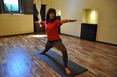 A yoga instructor-bartender teaches classes that feature free Bloody Marys or mimosas at Cobra Club.